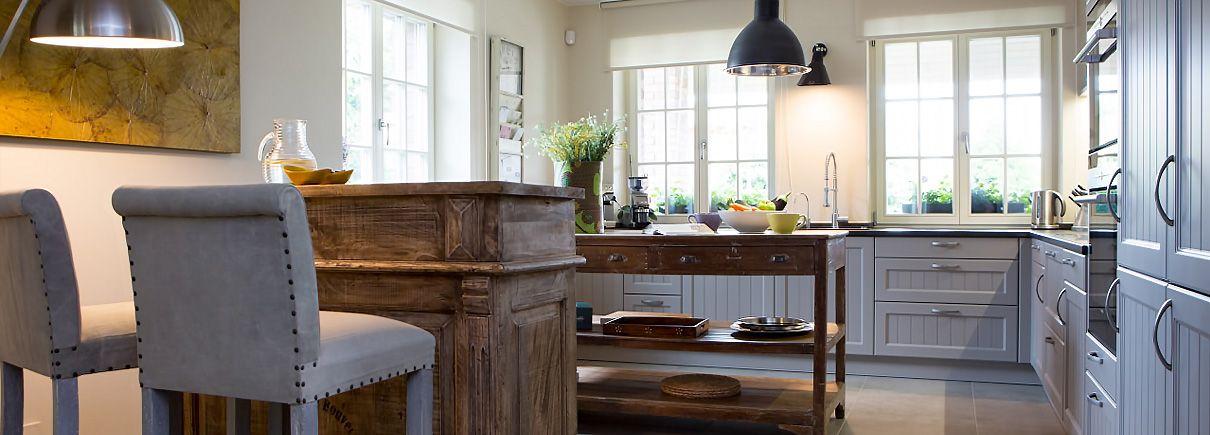 Rodinny-dum-v-elegantnim-francouzskem-stylu_head Kompletní přestavba rodinného domu v Plzni