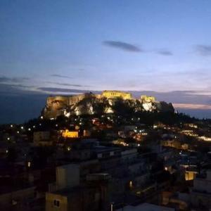 Monika-White_LePatio_Atheny-akropole-vecer_sq-300x300 Blog